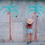 夏はやっぱり【アロハシャツ】♡可愛く着こなしてオシャレ度格上げ!のサムネイル画像