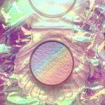ほっぺに虹がかかる?【Chaos makeup】のハイライター♡のサムネイル画像