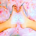 貼るだけで快眠!むくみもとれる【樹液シート】の効果がすごい♡のサムネイル画像