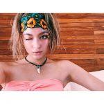 ローラから学ぶ!夏はやっぱり鮮やかに!色で遊ぶドレススタイル特集のサムネイル画像